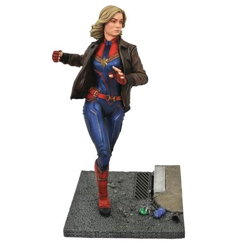 Estatua Capitana Marvel Con Chaqueta 28cm